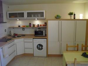 Schöne, neue und hochwertige Küche